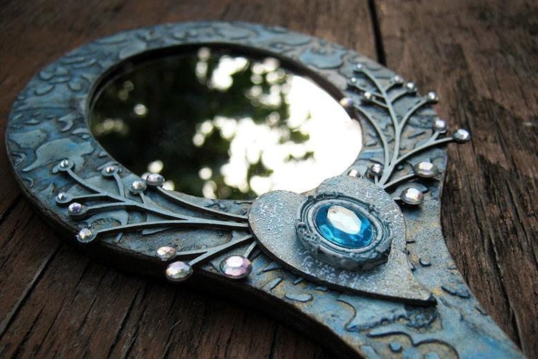 заговор от самопорчи на зеркало